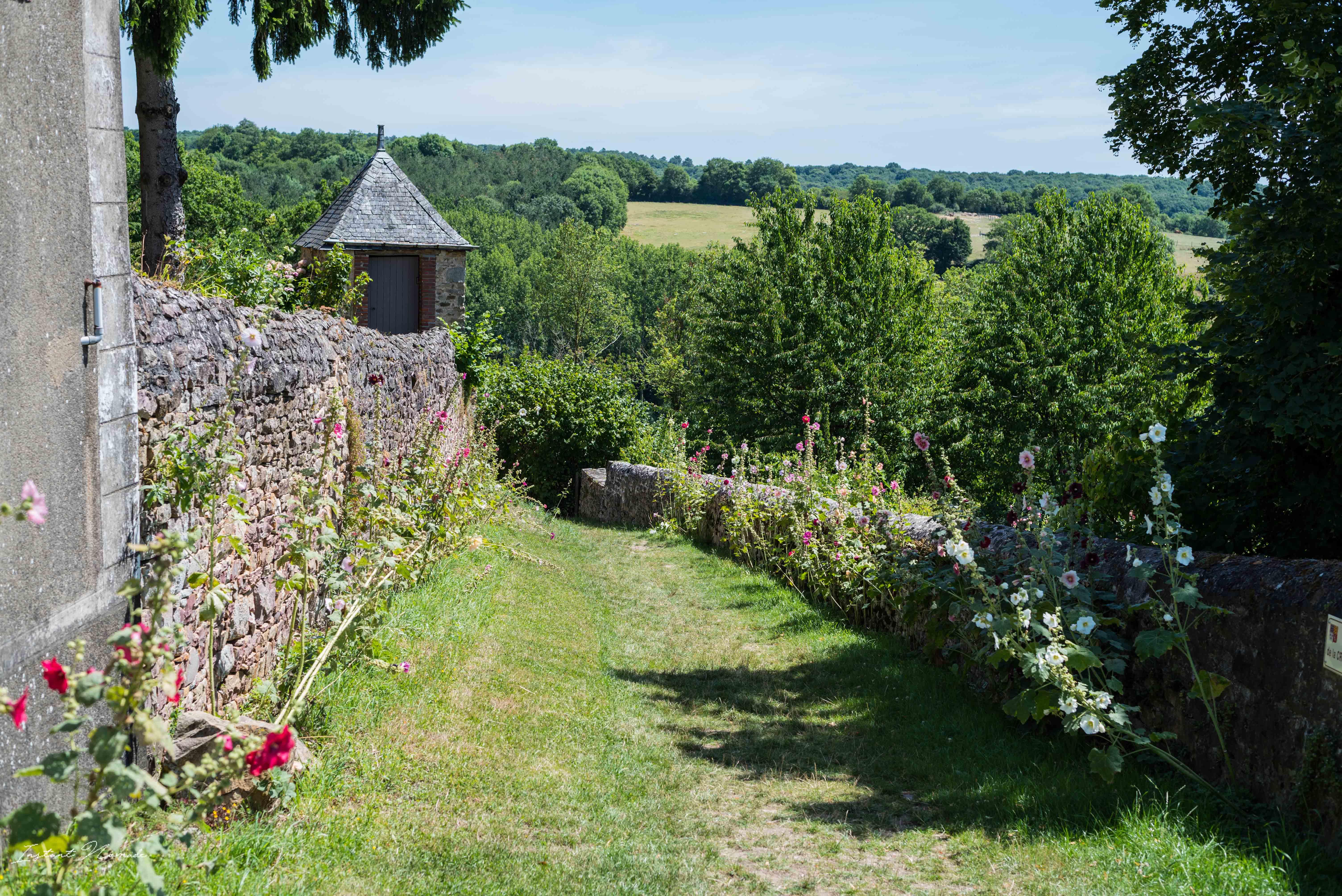 Mayenne France sainte suzanne