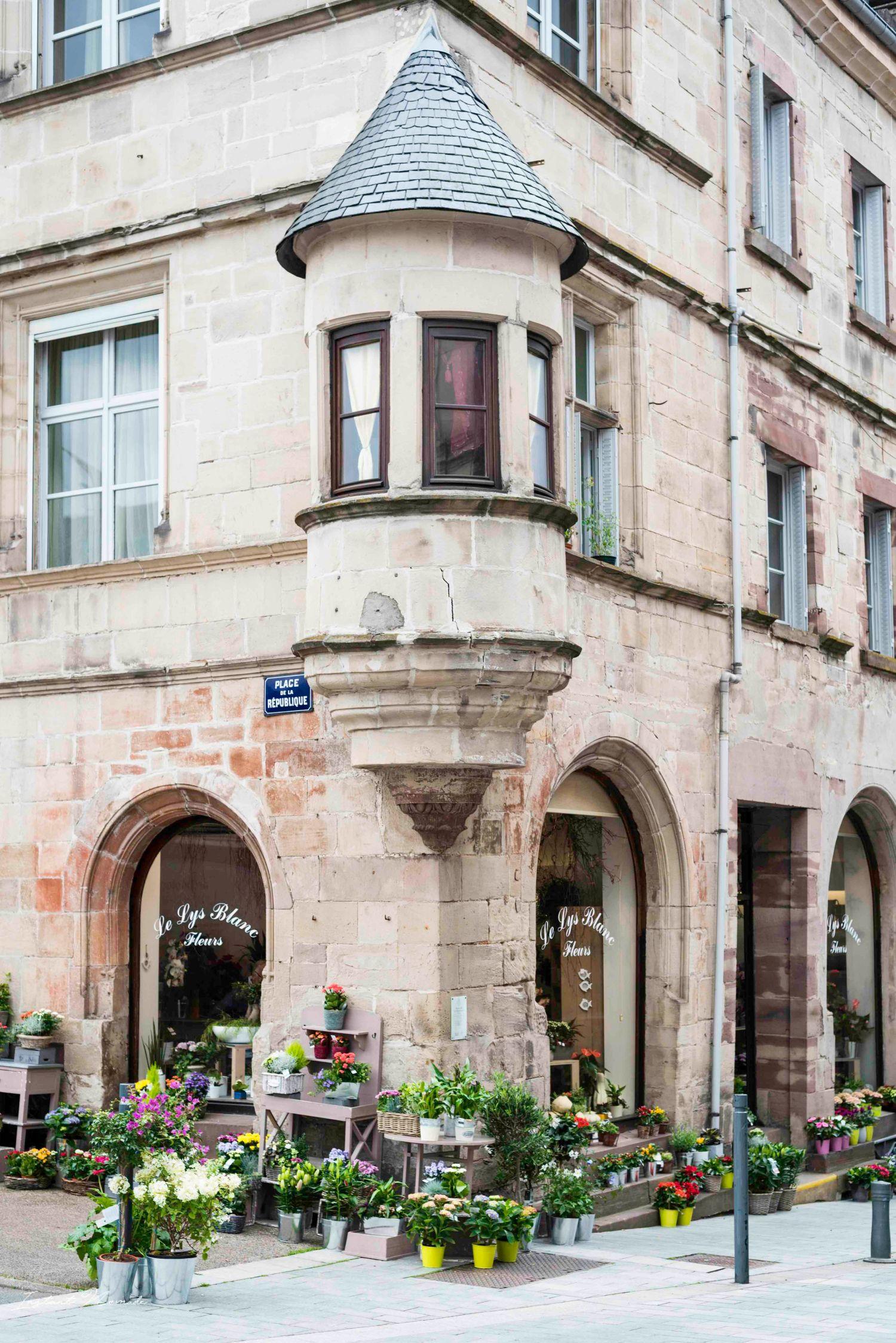 façade luxeuil les bains vosges du sud