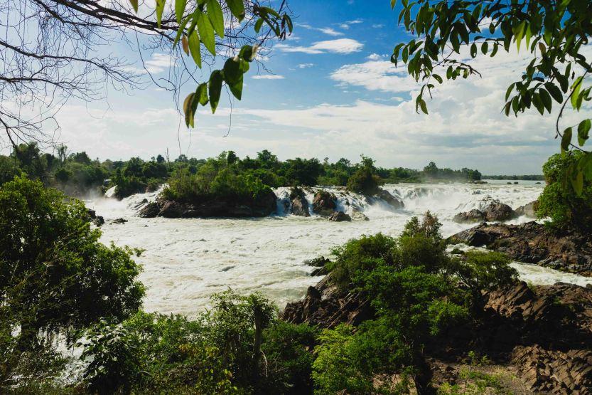 Khonephapheng Waterfall park laos 4000 iles