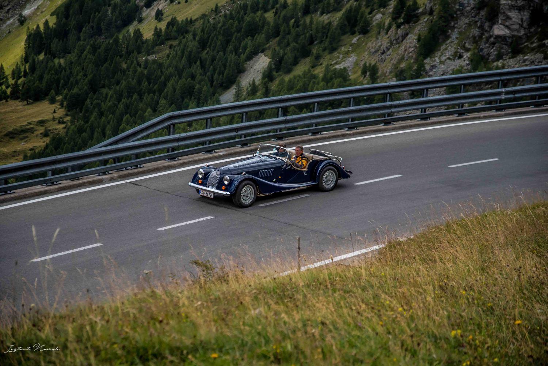 voiture ancienne route panoramique autriche