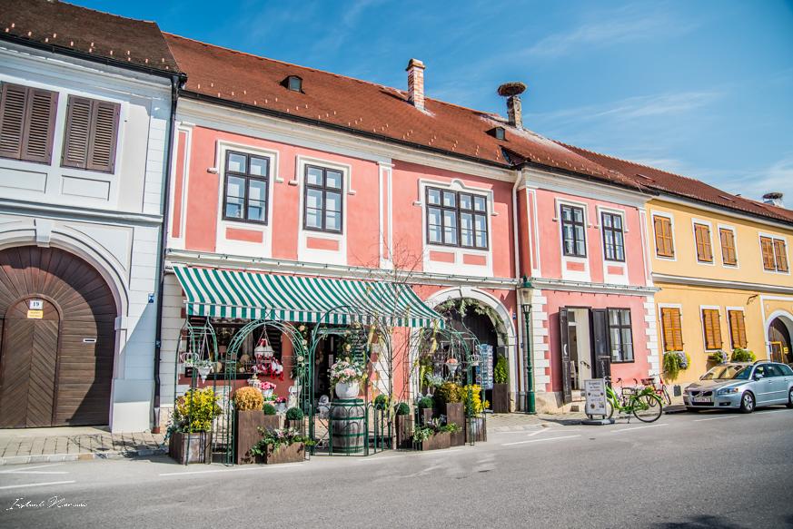 façade colorée rust autriche