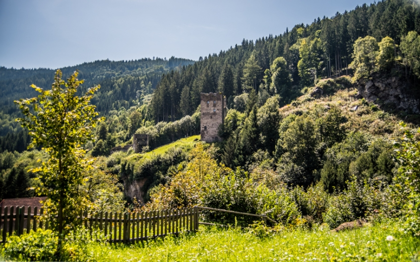 ruines friesach autriche