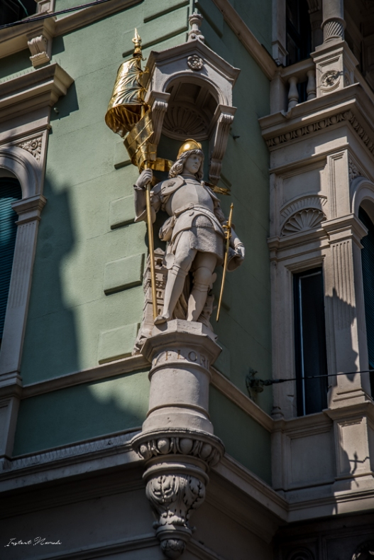 statue maison graz autriche