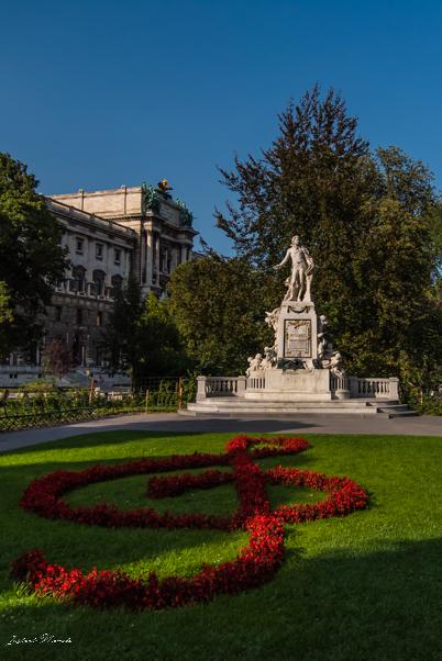 burggarten_statue_mozart