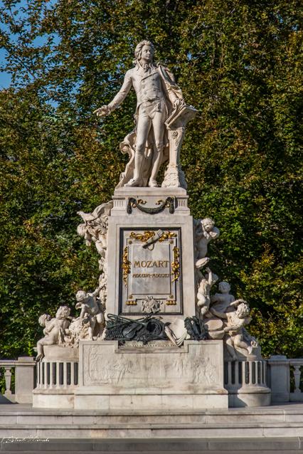 statue_mozart_burggarten