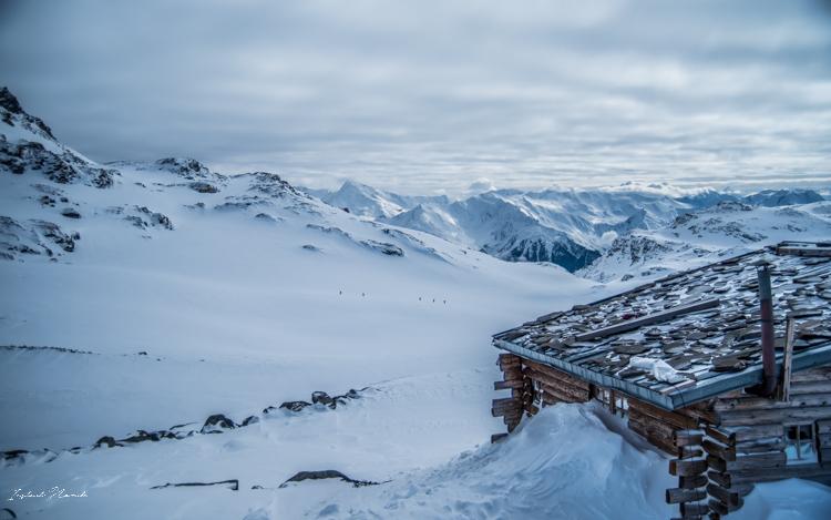 randonneurs montagne alpes