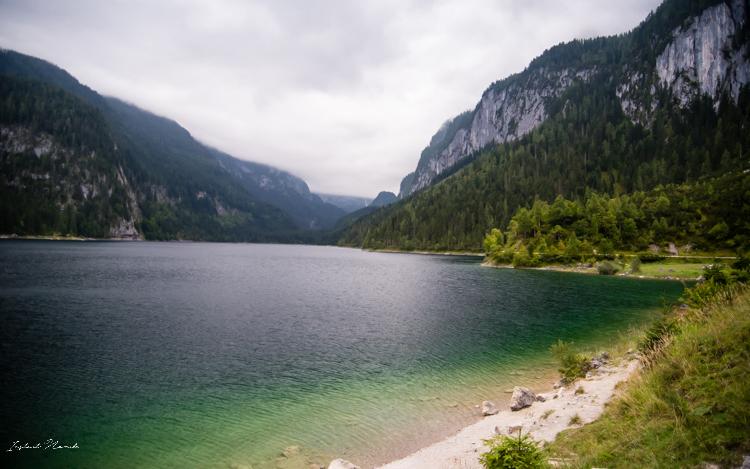 vue-du-premier-lac-de-la-vallee-de-gosau-chemin-du-retour