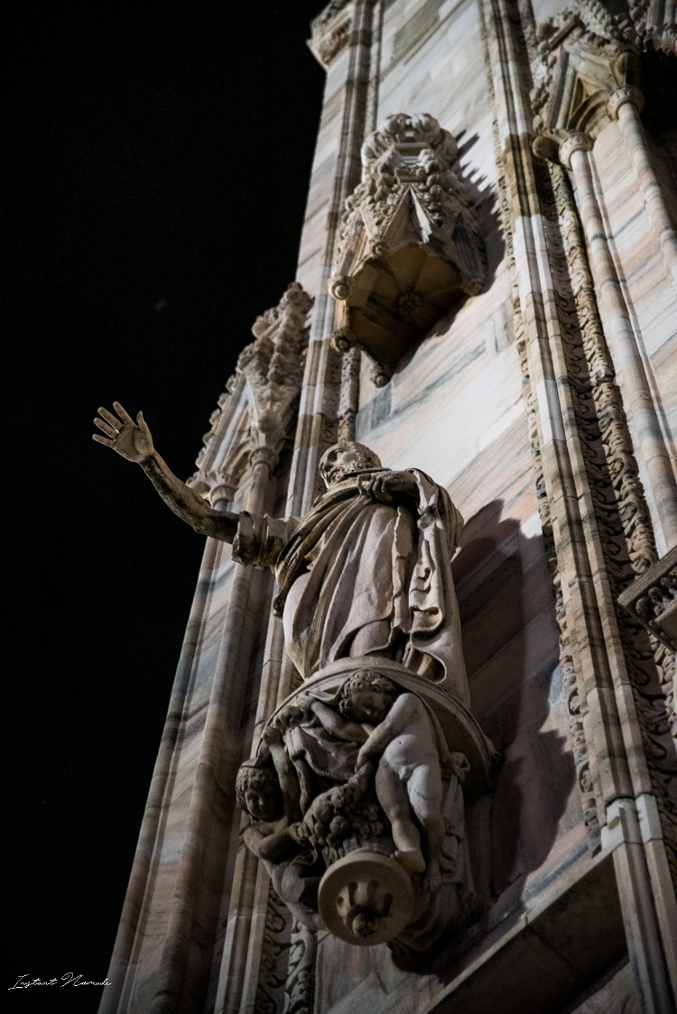 bas relief cathédrale il duomo milan