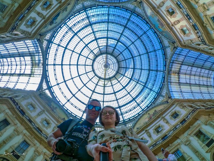 selfie galleria vittorio milan