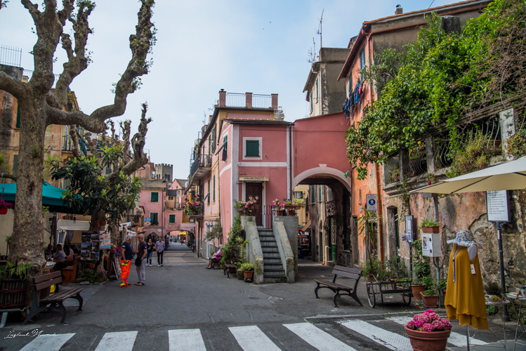 village monterosso cinque terre