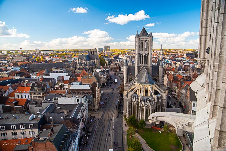 vue beffroi gand cathédrale