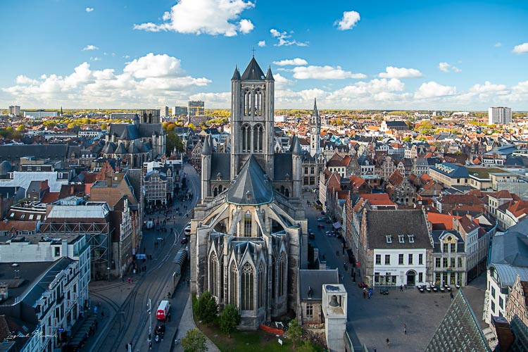 vue cathedrale beffroi gand