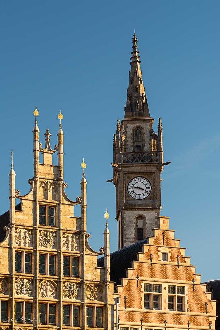 vue façade typique centre historique gand
