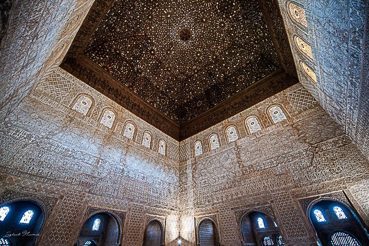 palais nasrides alhambra