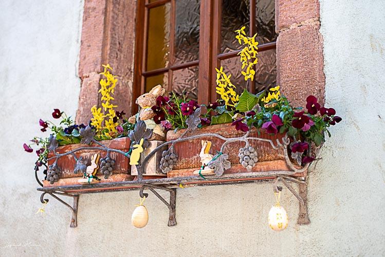 decoration paques riquewihr