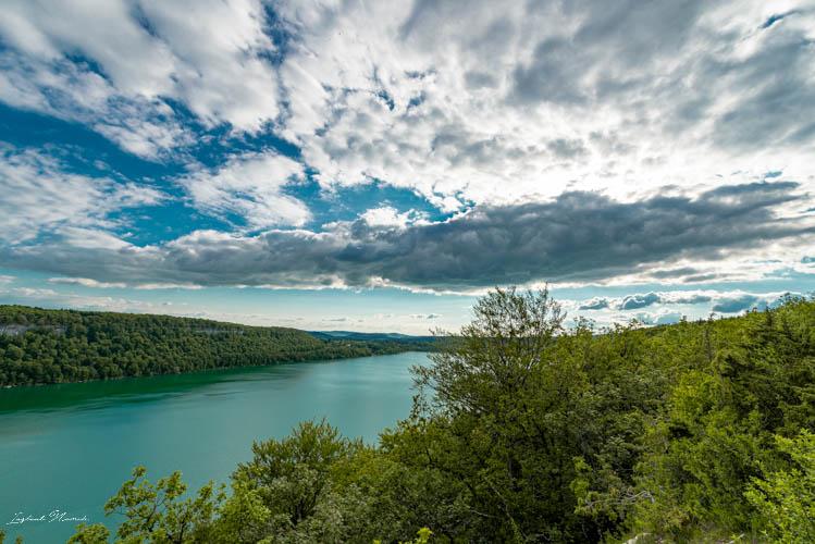 lac_de_chalain_vue_promenade