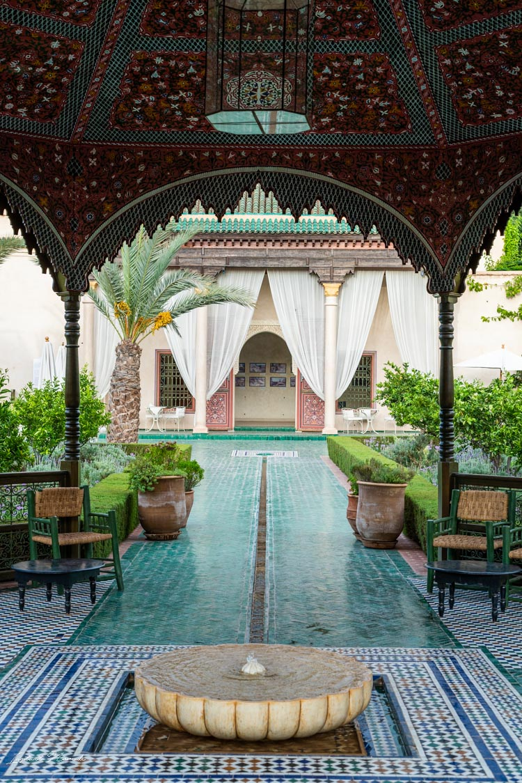 fontaine jardin secret marrakech