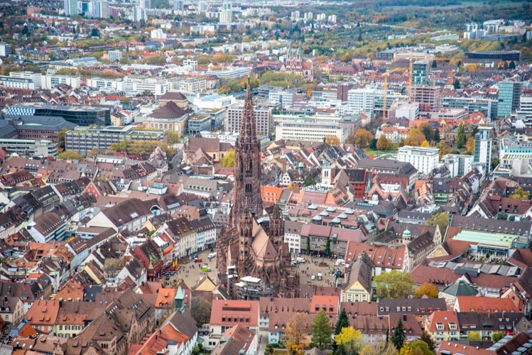cathedrale frisbourg en brisgau