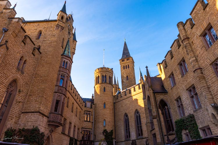 chateau hohenzollern cour interieure
