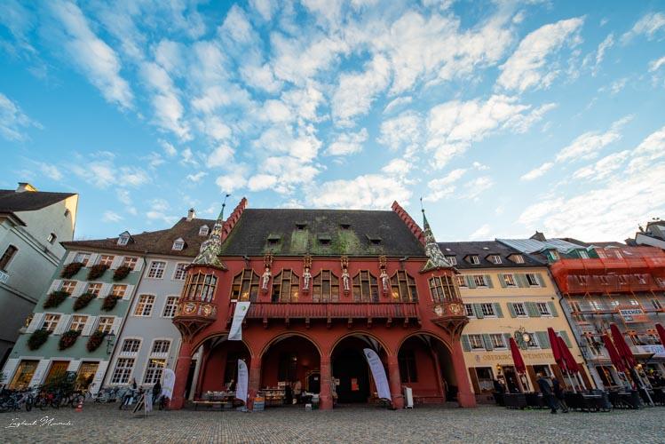 frisbourg en brisgau place cathedrale
