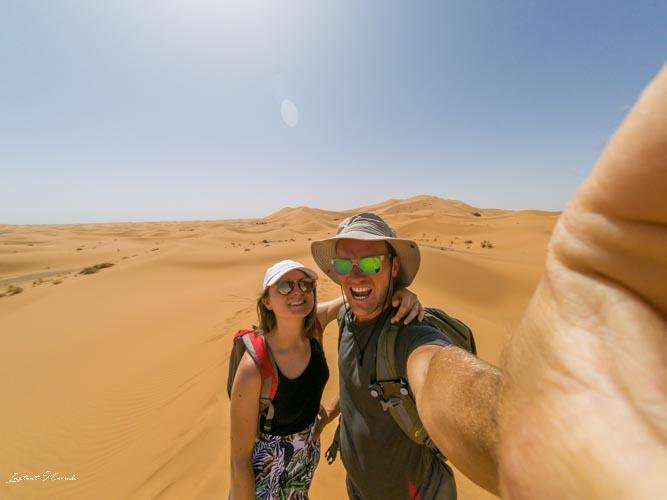 selfie désert maroc